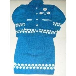 Ensemble jupe en laine de couleur bleue fabriqué par Zoénabou Savadogo