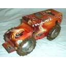 Camion recyclée fabriqué par Moise Kargougou