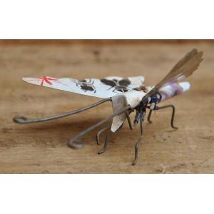 Papillon recyclé fabriqué par Moise Kargougou