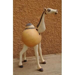 Un chameau qui bouge la tête fabriqué par Evariste Sorgho & Séni Sawadogo