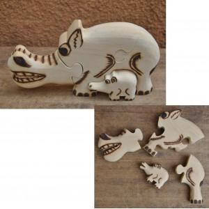 Puzzle d'un phacochère pyrogravé par Evariste Sorgho